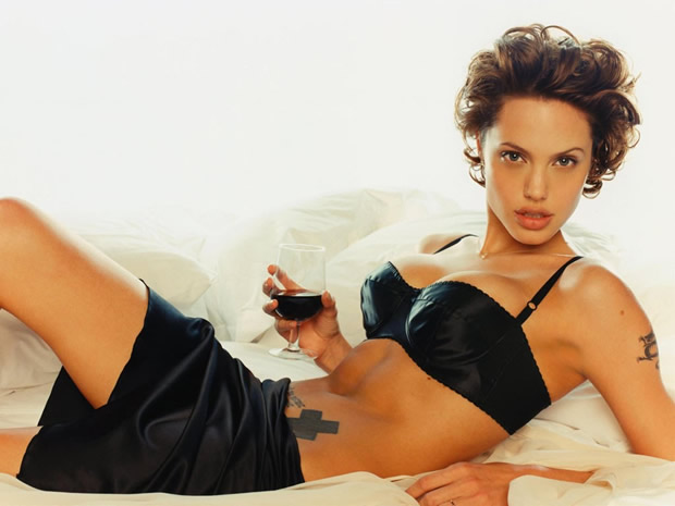 Angelina gratis jolie desnuda