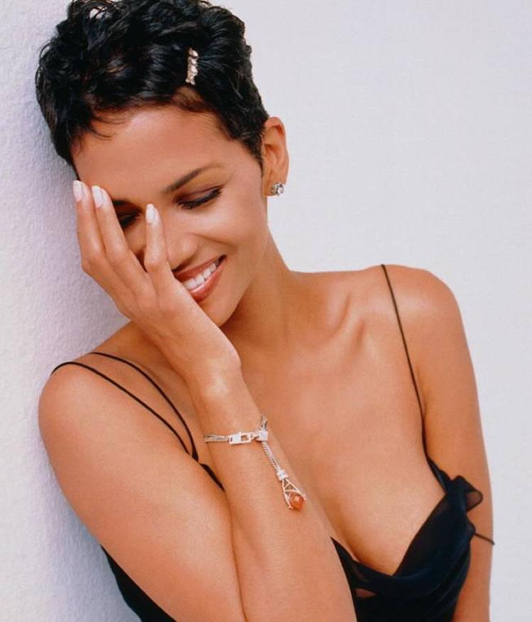 Halle Berry desnuda - Fotos y Vdeos - ImperiodeFamosas