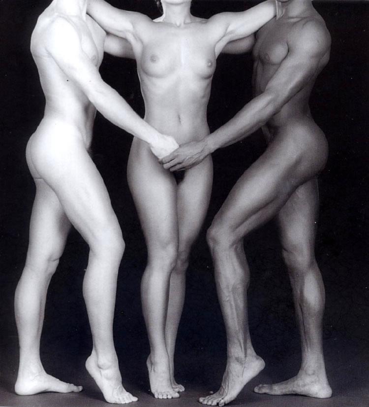 lisa lyon trio
