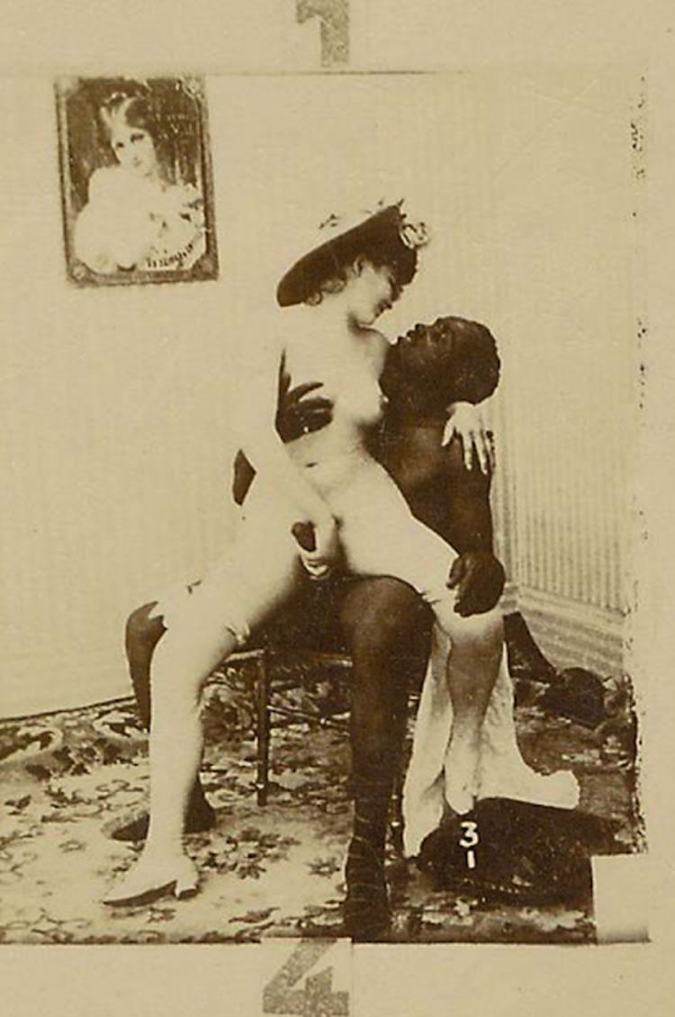 postal de pornografía exótica